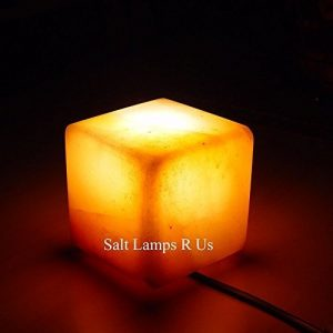 Salz Lampe Cube &Quadratische Form Pink Salz Nachtlicht Lampe mit Kunststofffüßen Steckdosenfertig mit Salz Kerzenhalter