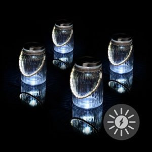 Solarglas 4er Set mit je 3 LED Solar weiß mit Aufhänger Glas Gartenbeleuchtung Ø 11cm, Höhe 15,5 cm Party Garten Licht für Außen mit Solarpanel Sonnen Energie Beleuchtung