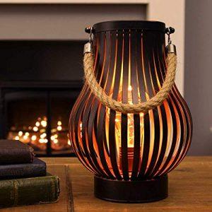 batteriebetriebene Outdoor Metall Windlicht Laterne – Glühbirnen-Design – Timer – LEDs in warmweiß (Bronzefarben)