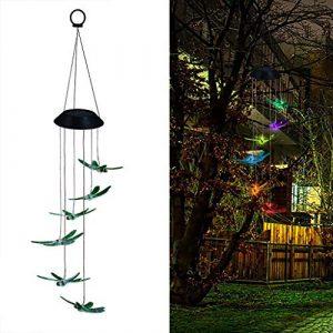 VNEIRW LED Solar Windspiele Lichter mit 6 Seeigel, Solar Farbwechsel Hängelampe Lichterkette Pendelleuchten für Garten, Veranda Dekoration, Balkon, Hinterhof – Tolles Geschenk (Libelle)
